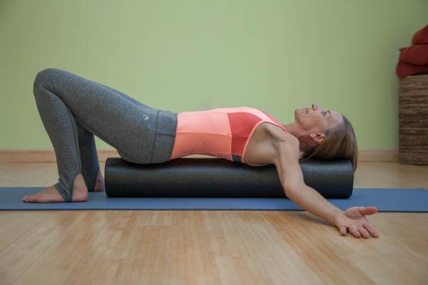 foam roller pec stretch