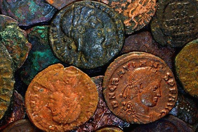 coins-4786028_640