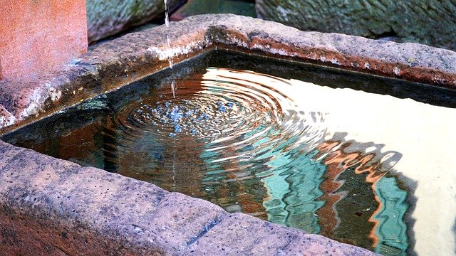 fountain-5062332_640